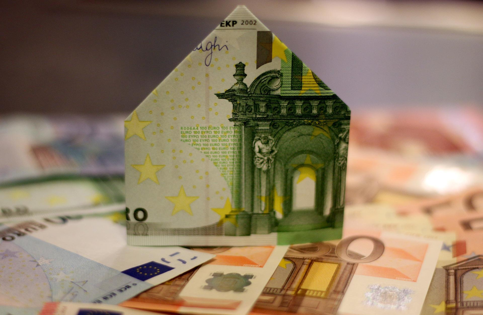 O valor de avaliação das casas em Lisboa desce enquanto que no Porto sobe